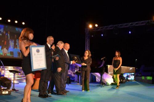 Pippo Callipo durante la premiazione al Premio Il faro 2012