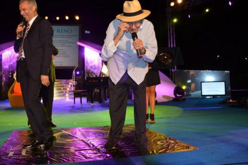 Piero Muscari e Teddy Reno durante il premio Il Faro 2012